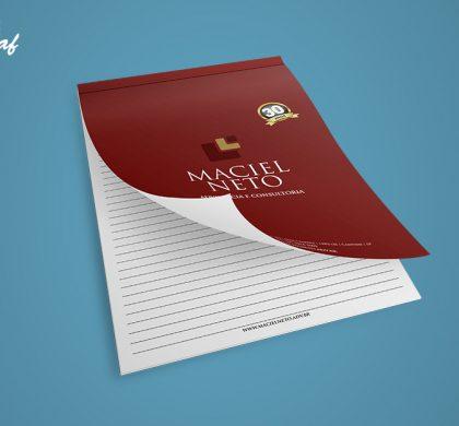 Bloco de notas confeccionado pela InoveGraf para o escritório de advocacia Maciel Neto